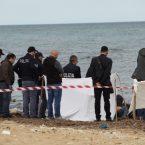 Guardia Piemontese, malore in spiaggia: perde la vita mentre fa il bagno