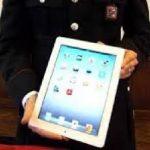 Ruba due tablet a una ragazza di Cosenza: denunciato 65enne