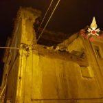 Paura in Calabria: crolla una parte di una palazzina