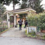 Sterminata una famiglia a Rende, ipotesi omicidio-suicidio